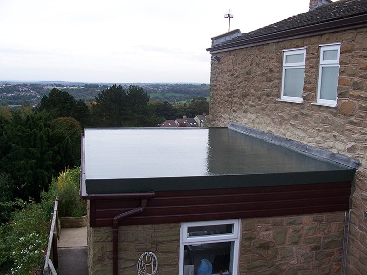Choosing Between A Flat Roof And A Pitched Roof